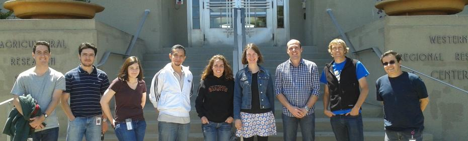 In front of the USDA-ARS-WRRC building. Harmon Lab, 2013.